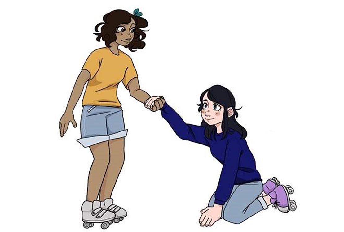 Rullaluisteleva tyttö auttaa kaatunutta rullaluistelijatyttöä.